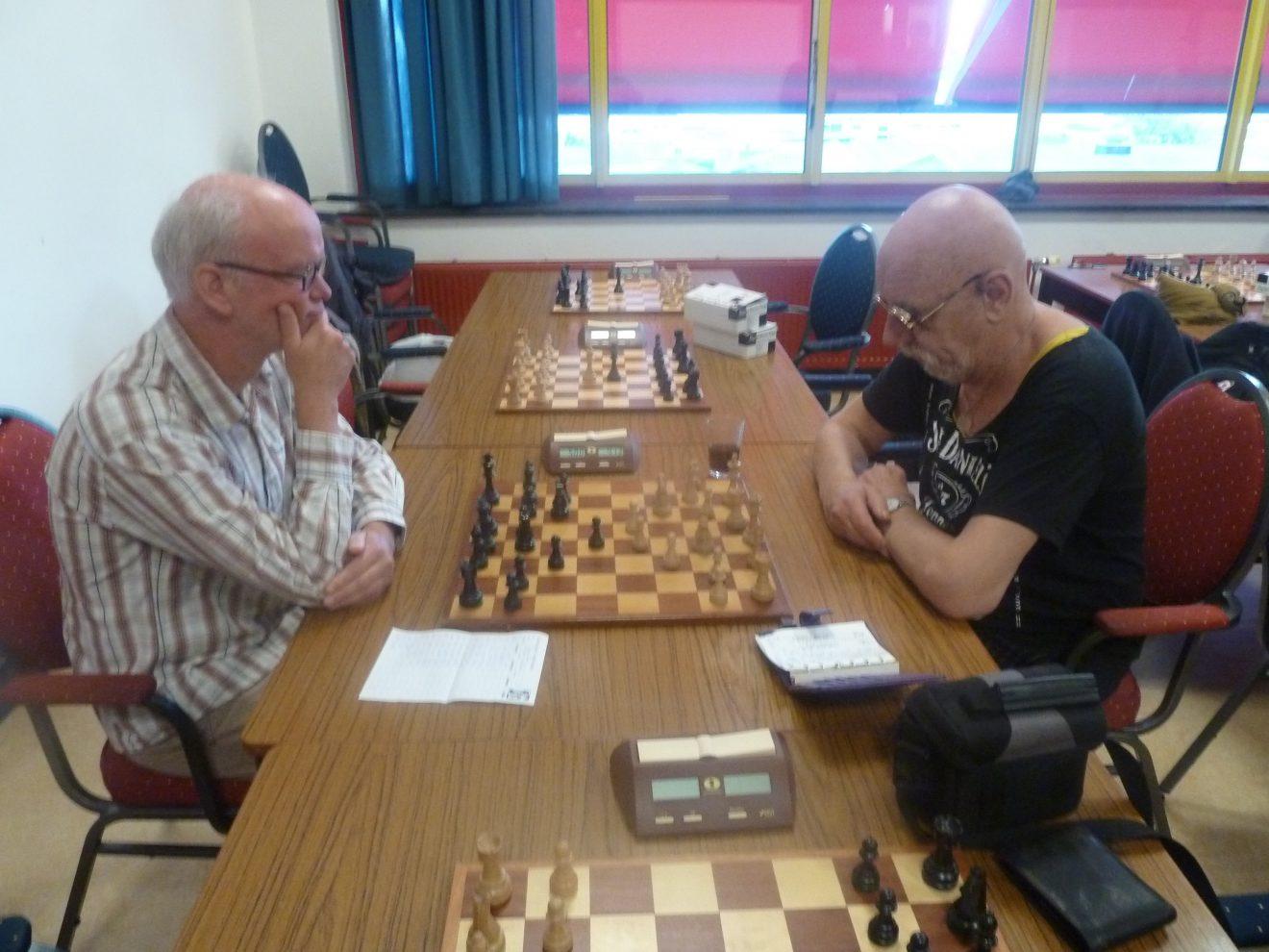 Broederstrijd veel te spannend: GC3 - GC4 eindigt in 4½ - 3½